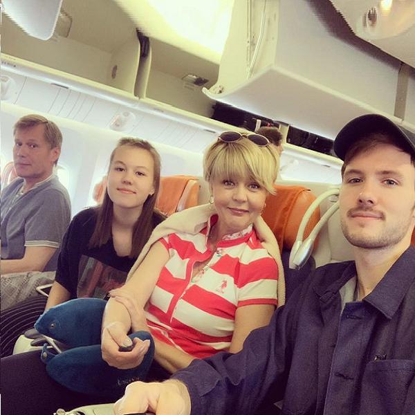 Юлия Меньшова со всей семьей уехала в путешествие по США на 21 день