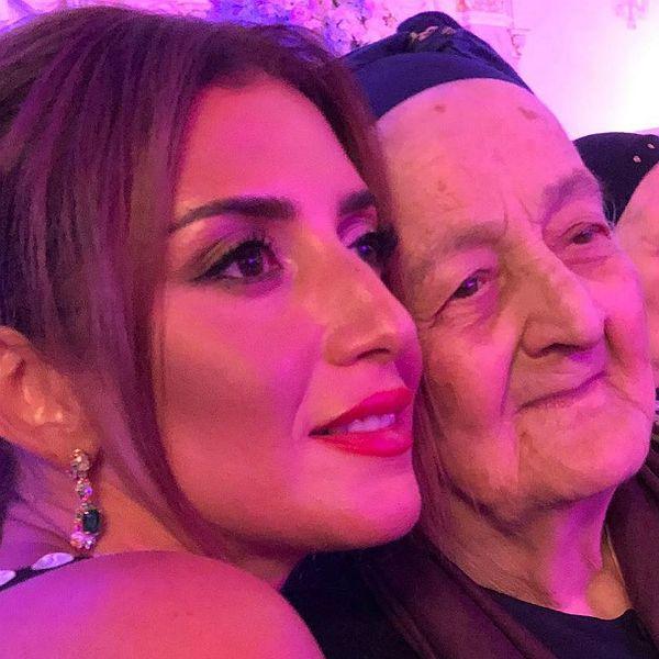 Певица Жасмин трогательно поздравила бабушку с 89-летием