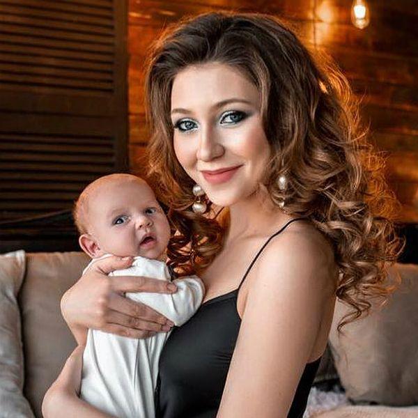 Звезда «Дома-2» Алена Рапунцель опубликовала умилительные кадры с первой фотосессии своего сына