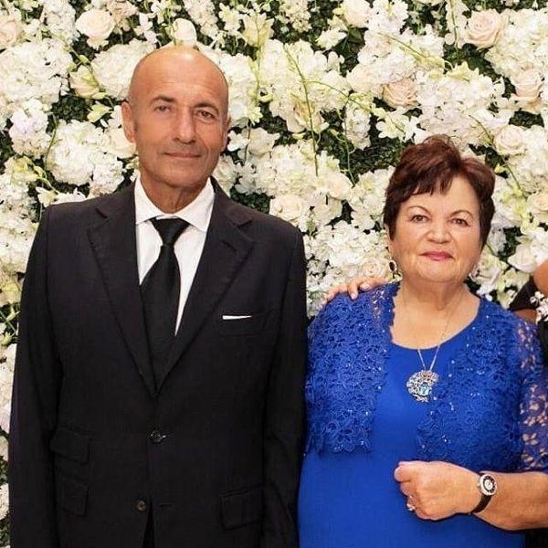 Игорь Крутой опубликовал редкое фото с матерью в честь ее 85-летия