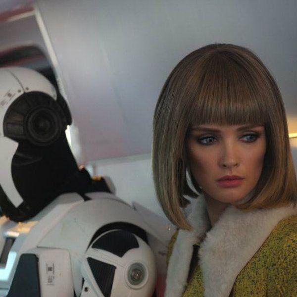 Автор «Лучше, чем люди» рассказал, что изначально в сериале робота должна была играть только Паулина Андреева