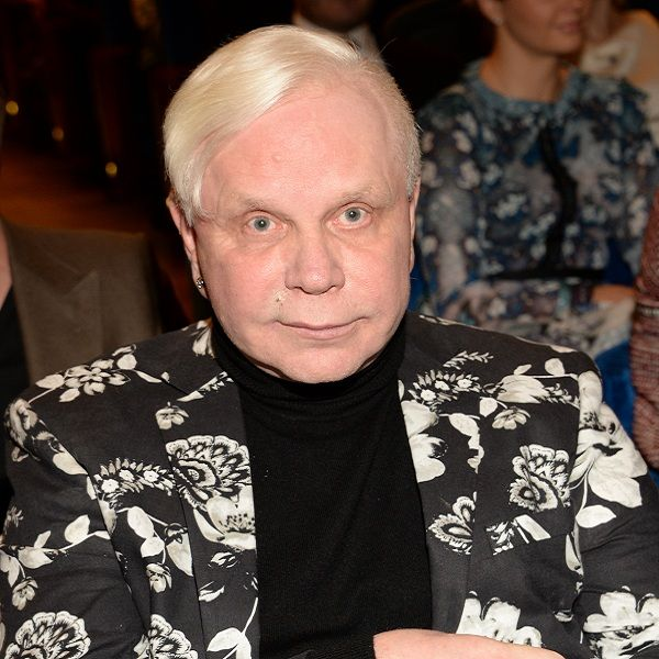 Директор Бориса Моисеева опроверг слухи о том, что певец продал недвижимость в Дубае
