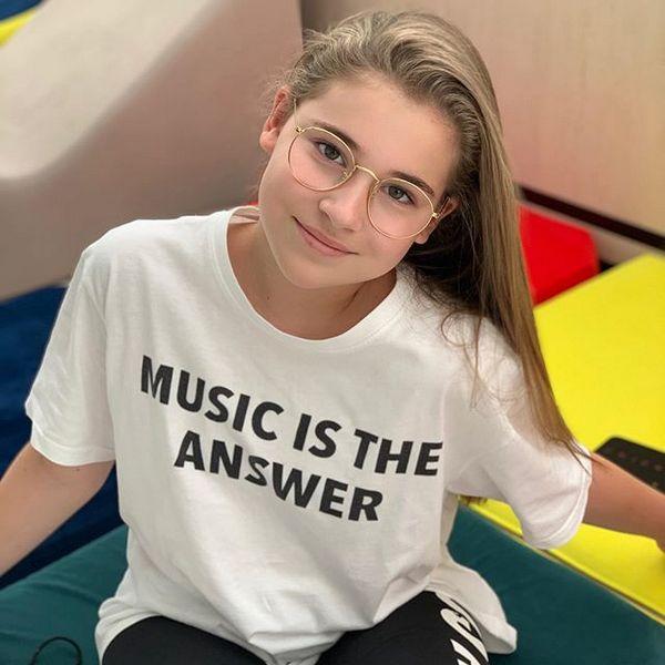 11-летняя дочь Алсу Микелла Абрамова записывает новую песню