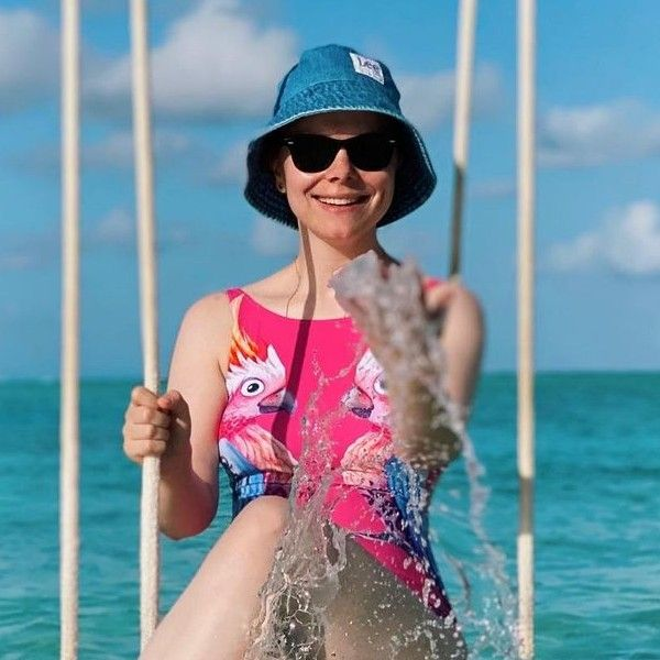32-летняя Татьяна Брухунова впервые поделилась фото в купальнике спустя 15  месяцев после родов - Вокруг ТВ.