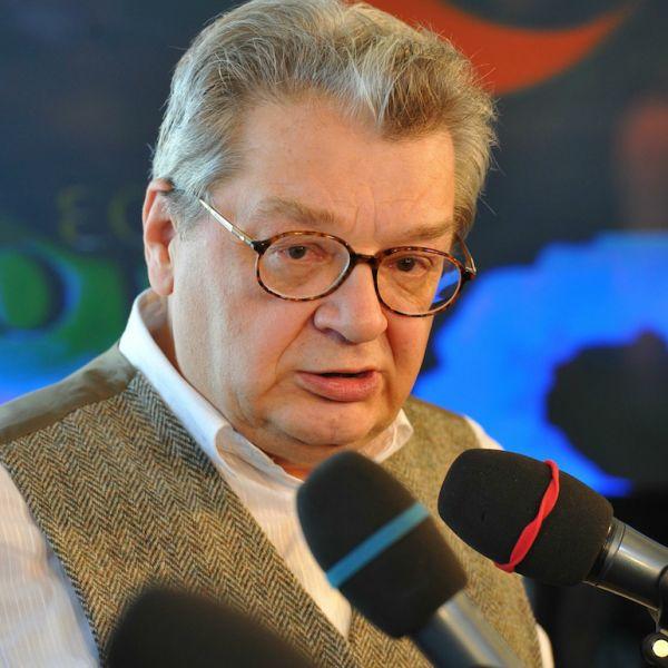 Больной раком 70-летний Александр Беляев прошел реабилитацию после нервного расстройства