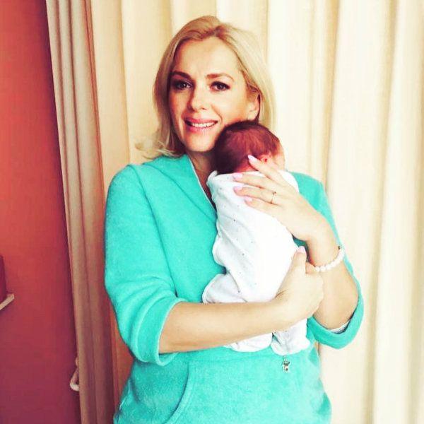 Мария Порошина впервые показала новорожденного сына