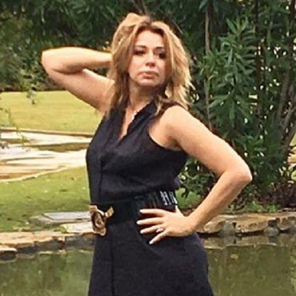 Алена Апина опубликовала фото в роковом образе в преддверии своего 55-летнего юбилея