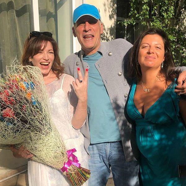 Экс-жена Тиграна Кеосаяна и его беременная нынешняя супруга вместе повеселились на дне рождения