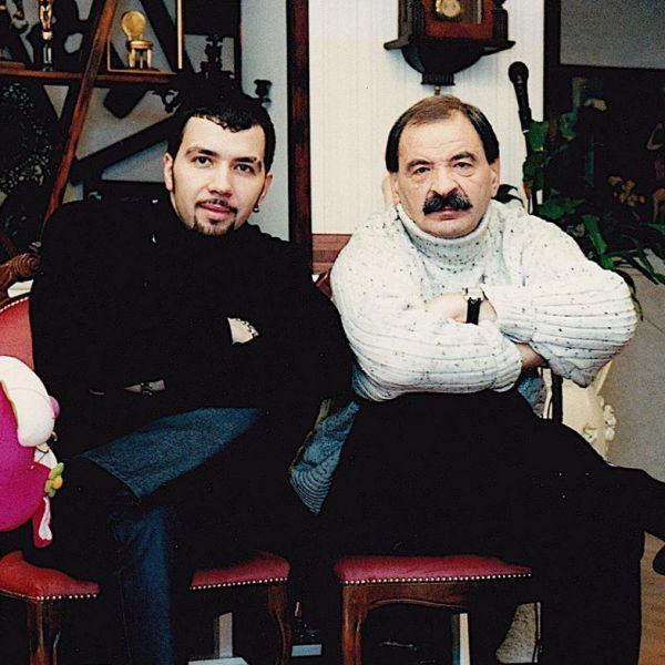 Денис Клявер почтил память своего отца в день его рождения