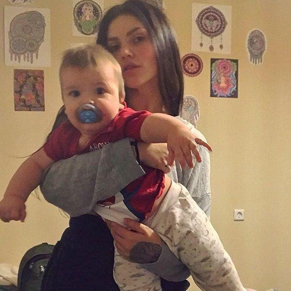 Мать годовалого внука Марии Шукшиной прошла курс лечения от алкоголизма