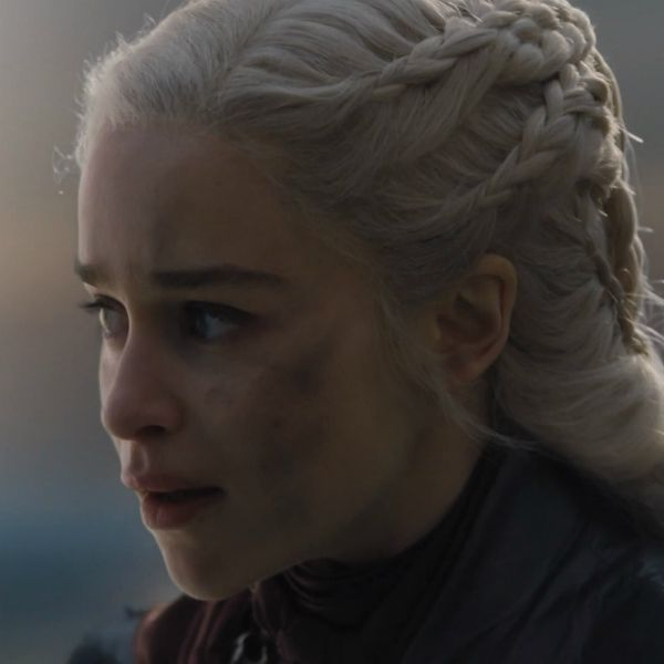 Звезда «Игры престолов» Эмилия Кларк объяснила, почему ее героиня сожгла Королевскую Гавань в 5-й серии 8-го сезона