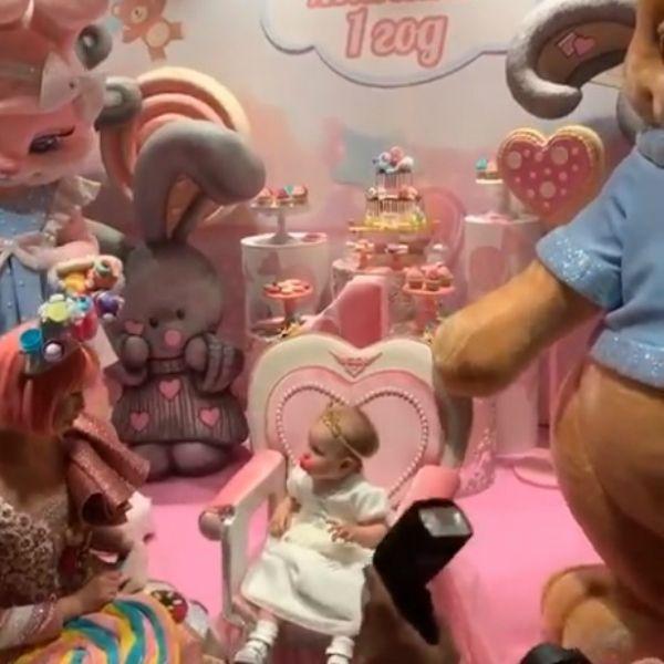 Появились первые кадры с празднования дня рождения дочери Дмитрия Тарасова и Анастасии Костенко