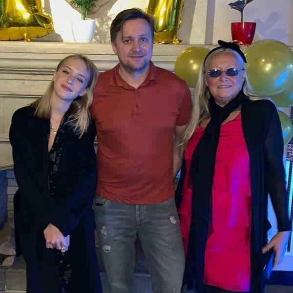 Появились первые кадры с празднования дня рождения дочери Артема Михалкова