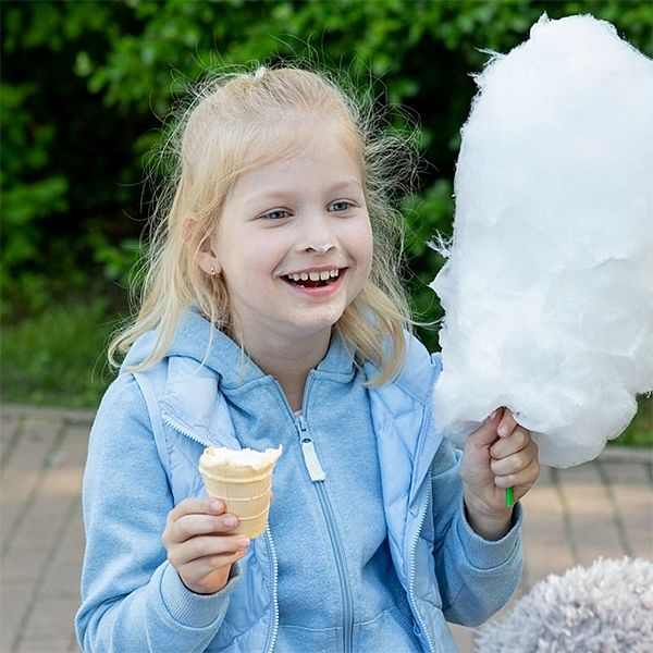 8-летняя дочь Алекея Кортнева дебютировала как актриса