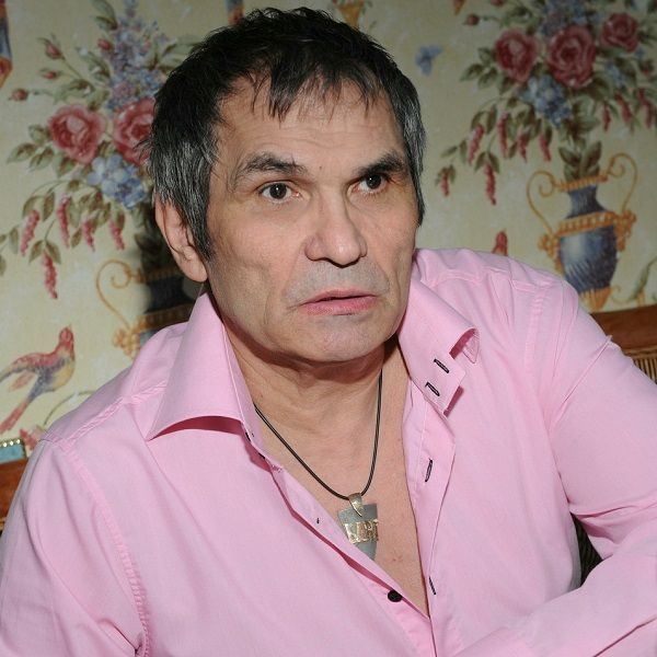 Сын Бари Алибасова заявил, что есть риск летального исхода у отравившегося химикатами продюсера