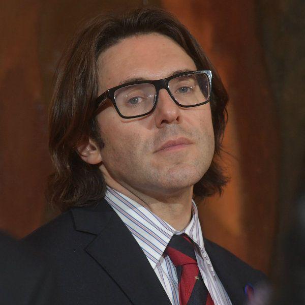 Андрей Малахов спародировал поведение Филиппа Киркорова на «Новой волне»