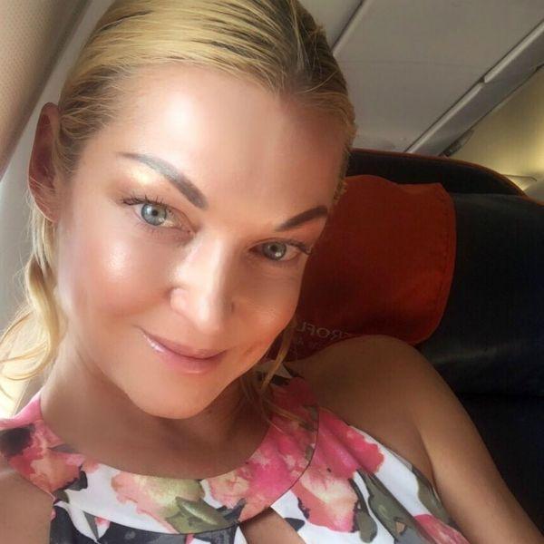 Анастасия Волочкова попала в больницу во время отдыха на Мальдивах