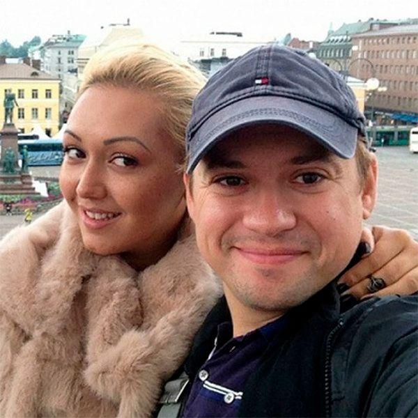 Андрей гайдулян и его жена юлия савченко фотобанк