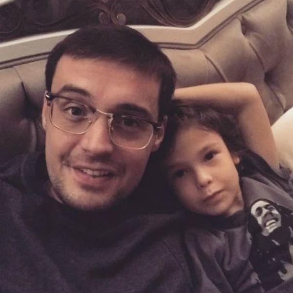 Айза Анохина заявила о том, что их с Гуфом сын попал в больницу не по вине отца