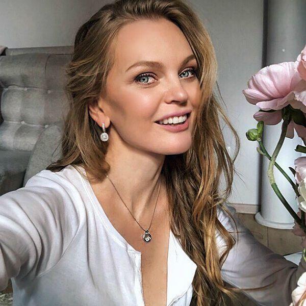 Елена Кулецкая опубликовала кадры с грандиозного празднования 3-летия старшей дочери