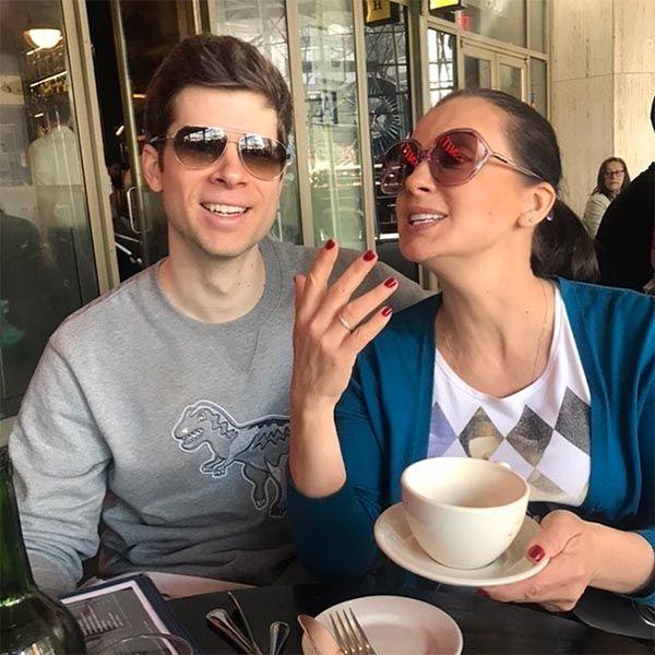 51-летяя Екатерина Стриженова похвасталась своим зятем
