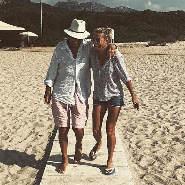 Юлия Высоцкая поделилась пляжными фото с Андреем Кончаловским с отдыха в Калифорнии