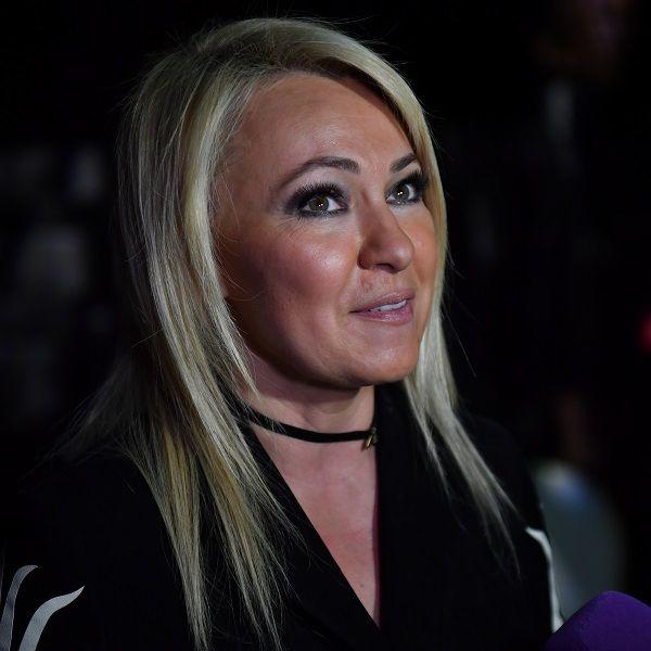 Яна Рудковская рассказала, что батюшке удалось утихомирить поселившееся в ее доме приведение