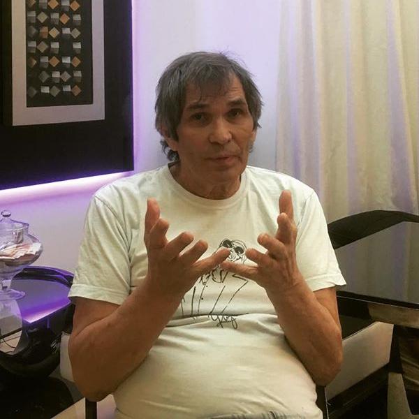 Бари Алибасов заявил, что после отравления ему придется принимать таблетки еще полгода