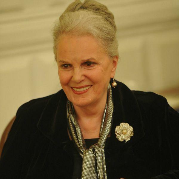 Директор Элины Быстрицкой заявила, что сестра актрисы ускорила смерть той ради многомиллионного наследства