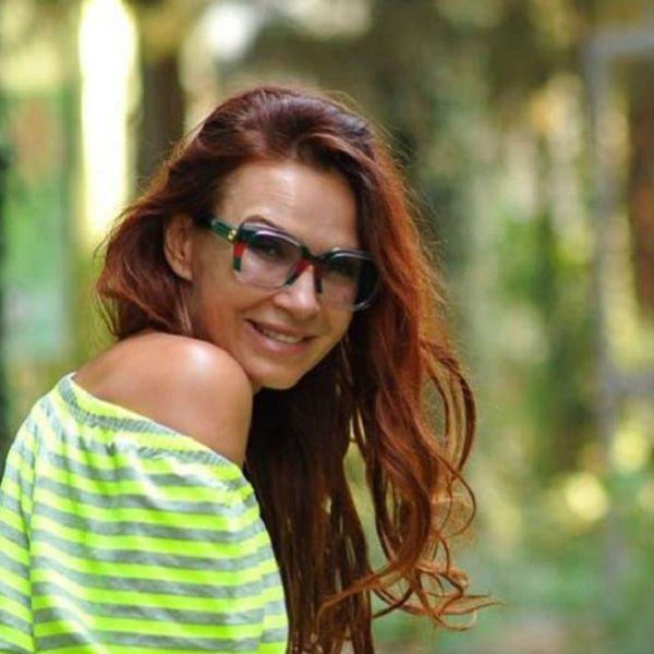 50-летняя Эвелина Бледанс планирует сделать лазерную коррекцию зрения