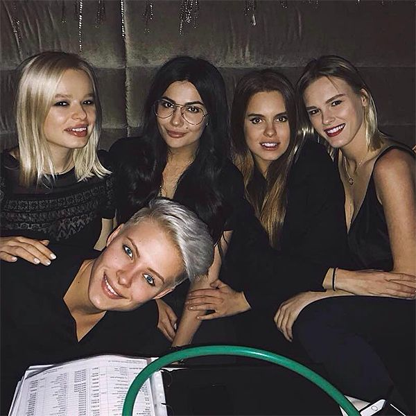 фото девушек 5 девушек