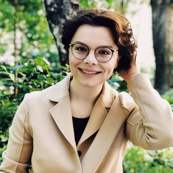 Татьяна Брухунова призналась, что незнакомые люди подбадривают ее на улице