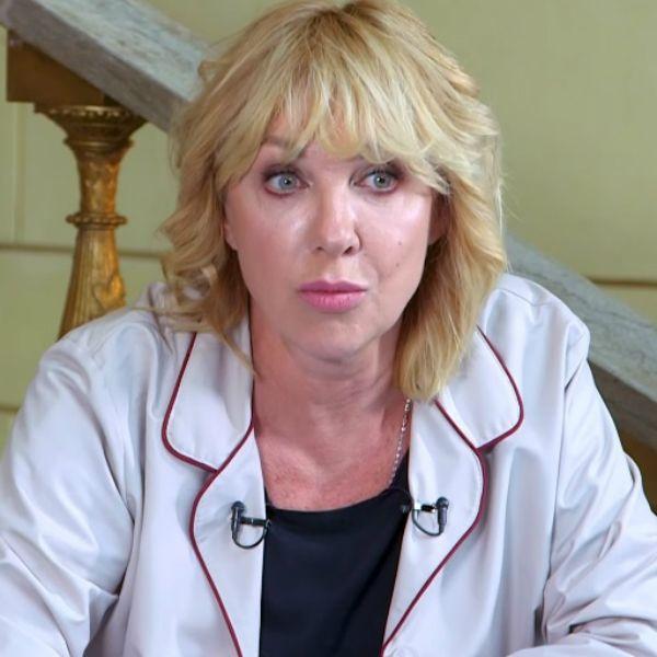 58-летняя Елена Яковлева рассказала о пластических операциях