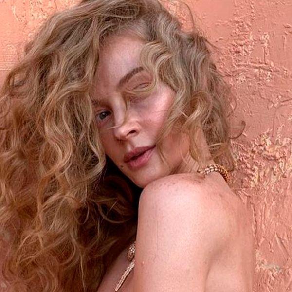 Непохожая на себя Светлана Ходченкова снялась для обложки женского журнала