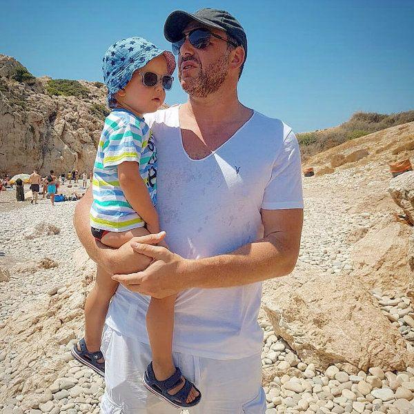 Максим Виторган показал, как играет с 2-летним сыном Платоном в футбол