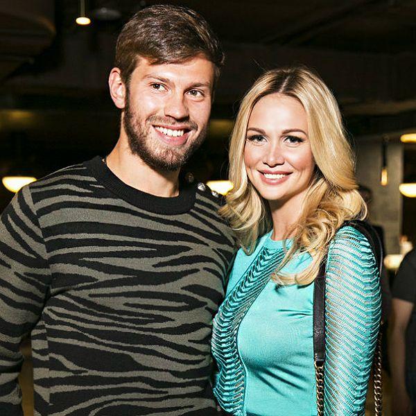 Федор Смолов заявил, что готов помочь экс-возлюбленной Виктории Лопыревой с воспитанием сына