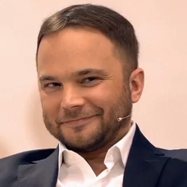 38-летний Андрей Чадов впервые рассказал романтическую историю любви с моделью Анастасией Виноградовой
