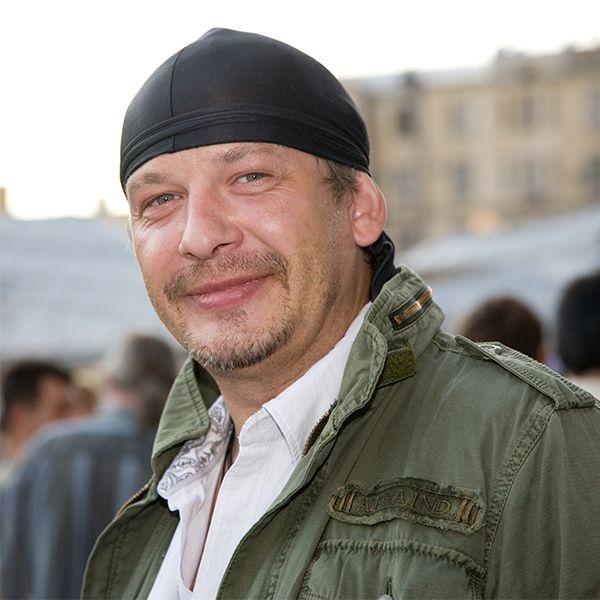 Следствие предъявило обвинение директору реабилитационной клиники, где лечился и умер Дмитрий Марьянов