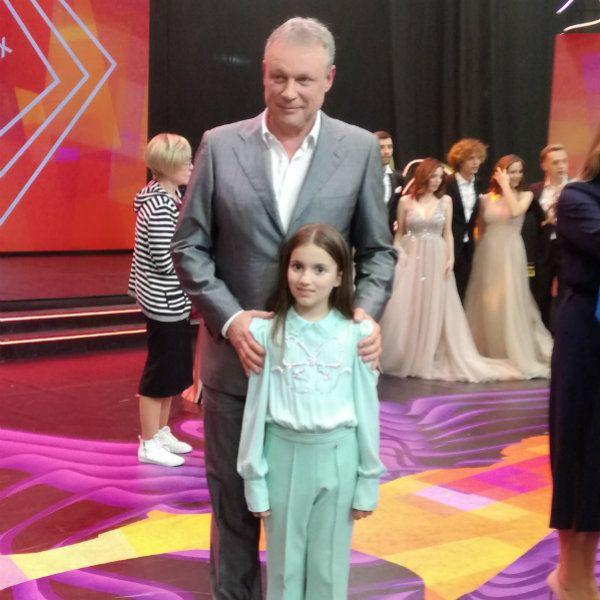 Победительница шоу «Голос. Дети» Нино Чеснер выступила на закрытии фестиваля «Утро Родины» в Южно-Сахалинске