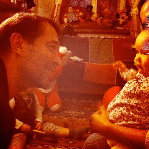 Дочь Владимира Машкова показала редкое фото актера с внучками