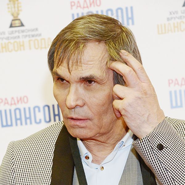 Возмущенный поведением сына Бари Алибасов назвал его больным человеком