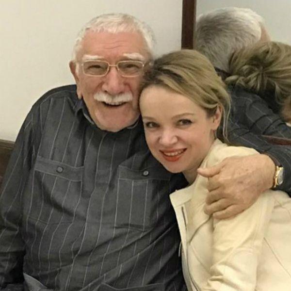 Виталина Цымбалюк-Романовская заявила, что готова позволить бывшему мужу Армену Джигарханяну жить в ее квартире