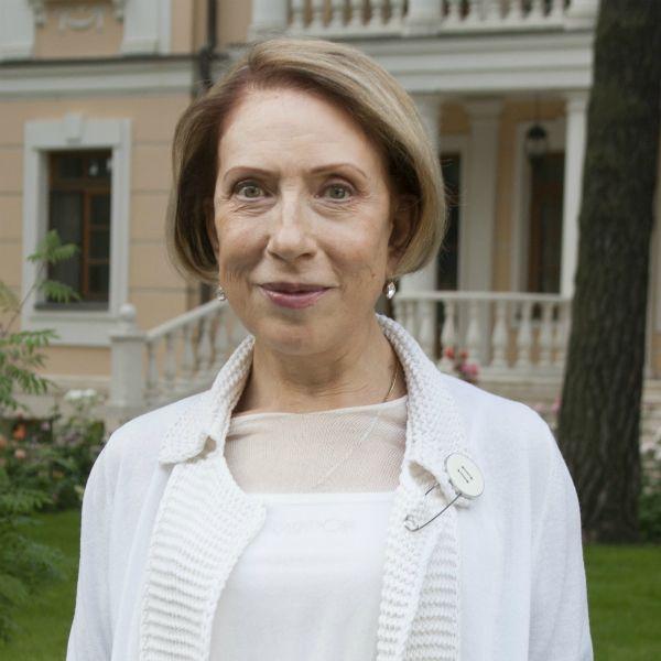 75-летняя Инна Чурикова готовится к выписке из больницы