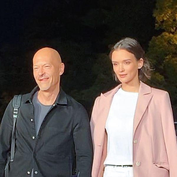 Федор Бондарчук и Паулина Андреева прошлись по красной дорожке «Кинотавра», держась за руки