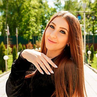 Звезда «Дома-2» Алёна Рапунцель снова надела кольцо, которое Илья Яббаров подарил ей на помолвку