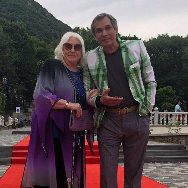 Бари Алибасов вместе с Лидией Федосеевой-Шукшиной уезжает на отдых в Черногорию