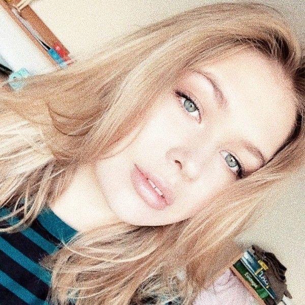 Старшая дочь Веры Брежневой поступила в престижный американский колледж