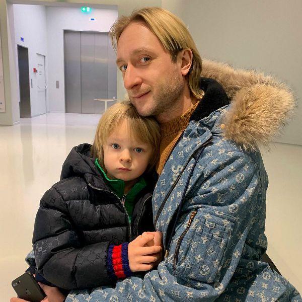 6-летний сын Яны Рудковской заявил, что заслуженно победил на «Кубке Евгения Плющенко»
