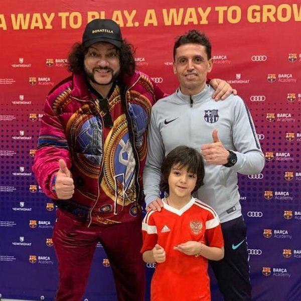 7-летний сын Филиппа Киркорова перешел из футбольной академии «Барселоны» в ЦСКА