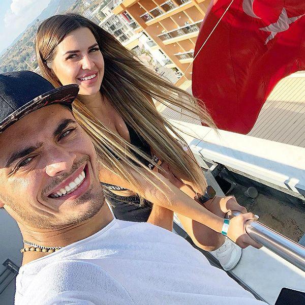 Звезды «Дома-2» Алексей Купин и Майя Донцова опубликовали первые кадры из медового месяца в Турции